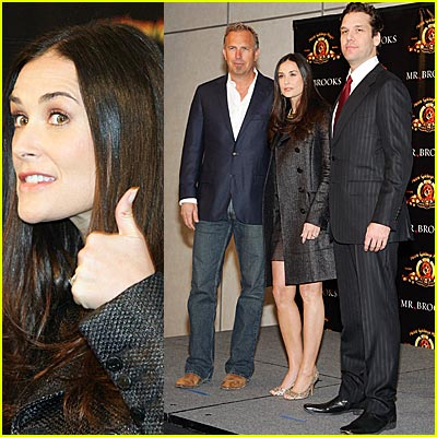 Two Thumbs Up for Demi Moore