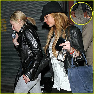 Lindsay Lohan Parties, Father Set Free