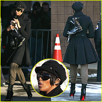 Naomi Campbell Serves the NYC Sanitation Department