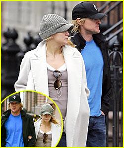 Kate & Owen: Public Displays of Affection