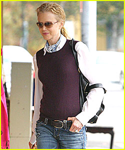 Nicole Kidman Snaps Back at Snappers