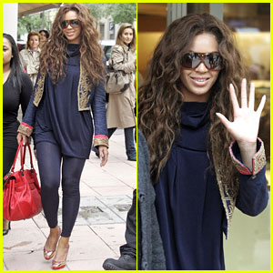 Beyonce Shops Before The Concert Drops