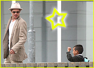 Papa Pitt Picks Up the Kiddies at School