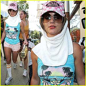 Britney Spears Kicks it Old School Style
