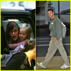 Jennifer Garner With Violet At LAX