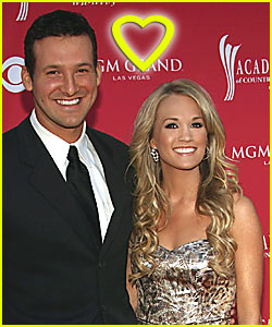 Carrie Underwood & Tony Romo: It's Official!