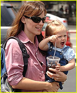 Jennifer Garner Goes Country