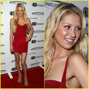 Anna Kournikova is Sports Spectacular