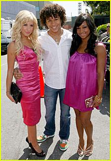 Ashley Tisdale @ MTV Movie Awards 2007