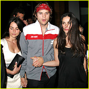 Ashton Holds Hands With Demi AND Penelope