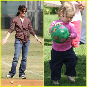 Mommy-Baby Bonding for Jen & Violet