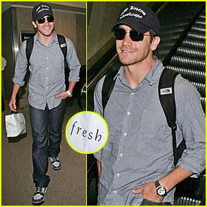 Jake Gyllenhaal Loves Fresh Skin