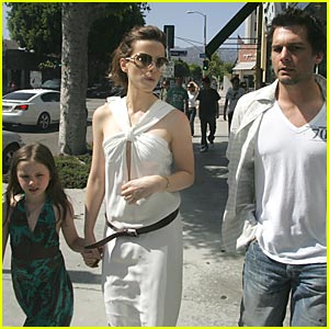 Kate Beckinsale: Father's Day Shopping