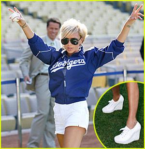Victoria Beckham Enter Dodgers Heaven