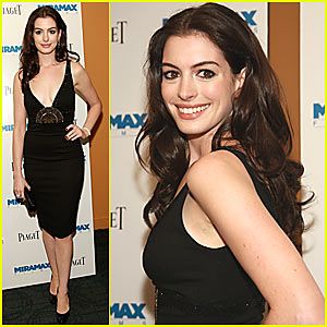Anne Hathaway @ 'Becoming Jane' Premiere