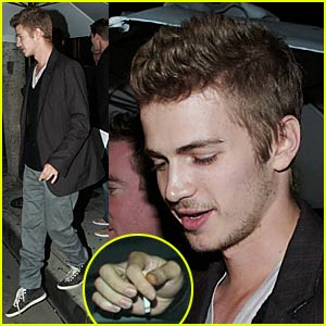 Hayden Christensen Smoking Up a Storm