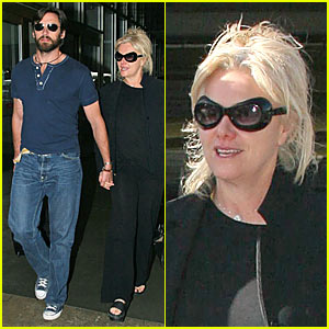 Hugh Jackman's Wife is an Alien