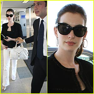Anne Hathaway's Stylish Arrival