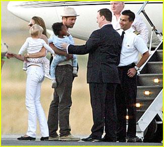 Brad & Angelina: Still Together!