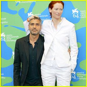 George Clooney is Short