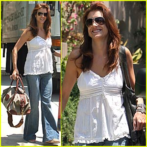 Kate Walsh: Movin' On Out