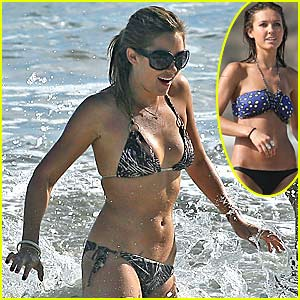 Lauren Conrad is Bikini-licious