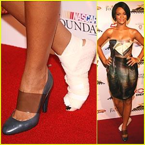 Rihanna's Bum Foot Gets Bandaged