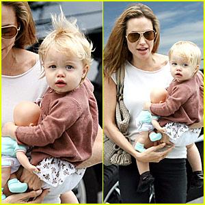 Angelina & Shiloh Go Toy Shopping
