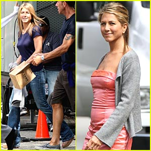 Jennifer Aniston is STILL Just Not That Into You