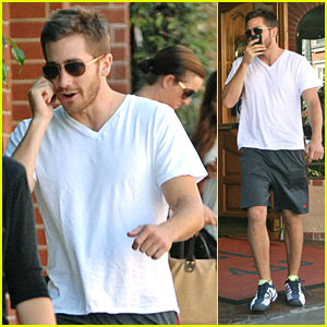 Jake Gyllenhaal: Is There a Doctor in the House?
