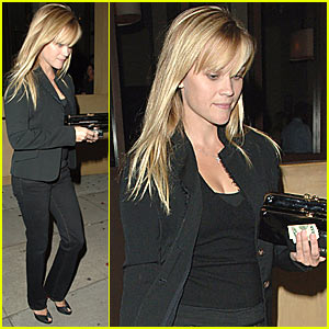 Reese Witherspoon @ AOC Restaurant