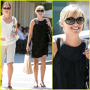 Reese Witherspoon: I Don't Know How to Keep Quiet!