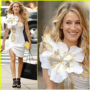 Sarah Jessica Parker is a Flower Girl