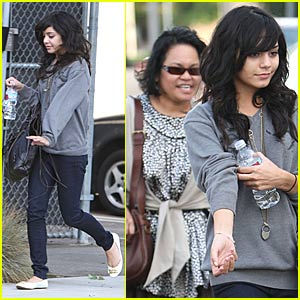 Vanessa Hudgens: Mommy-and-Me Time!