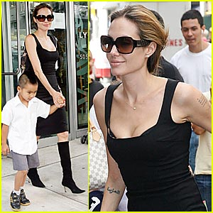 Angelina's Pointy Black Boots Make Their Return
