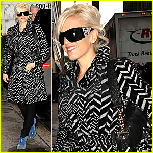 Gwen Stefani Keeps a Child Alive