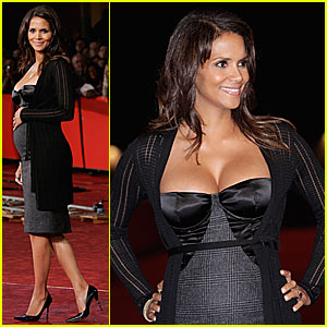 Halle Berry Pregnant Pictures