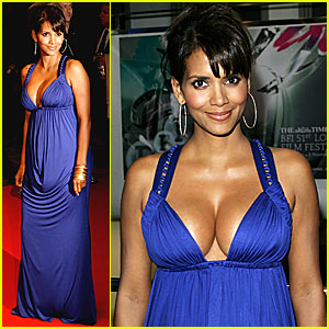 Halle Berry @ 'Things We Lost in the Fire' Premiere