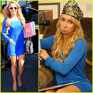Hayden Panettiere's Milk and Bookies