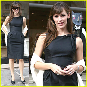 Jennifer Garner is Pretty in Paris