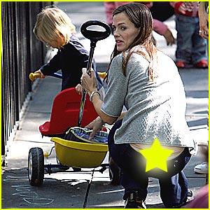 Jennifer Garner's Thong Slip