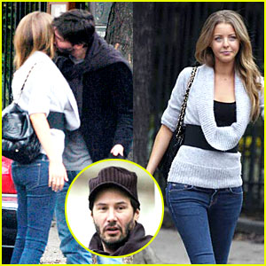 Keanu Reeves: Steamy Kiss with Hallie Meyers-Shyer!