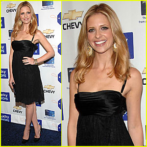 Sarah Michelle Gellar @ Lucky Magazine's Preview Party 2007