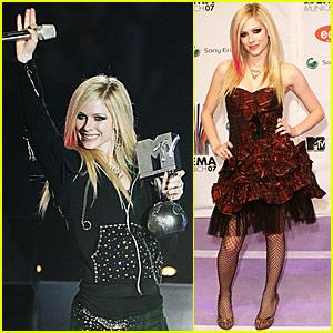 Avril Lavigne @ MTV Europe Music Awards 2007