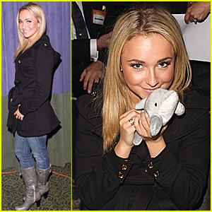 Hayden Panettiere's New Pet Dolphin