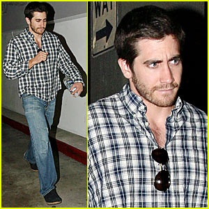 Jake Gyllenhaal is Plaid to Meet You