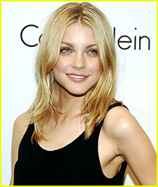 Thanksgiving with Jessica Stam