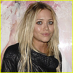 Mary-Kate Olsen Has a Kidney Infection