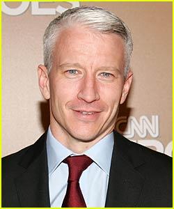 Anderson Cooper Loves Karaoke