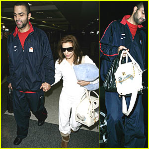 Eva Longoria Gets Personal Bag Holder